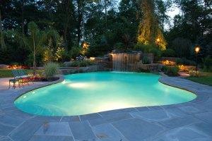 swimming-pool-night-lighting